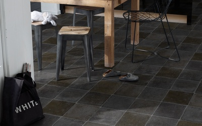 Tarkett Essentials 300 Flagstone Black