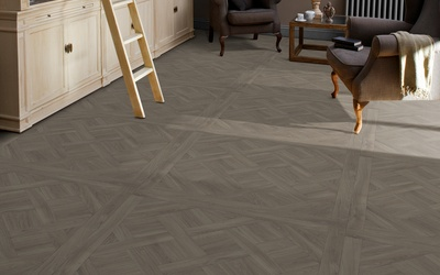 Tarkett Exclusive 240 Chateau - Parquet Versailles Light Grey obývací pokoj